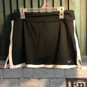 Nike Skort Size M EUC